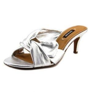 Kay Unger Mattea Silver Metallic Slide Sandal 8 M